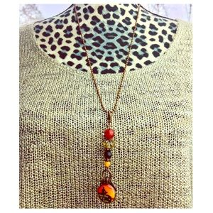 Jewelry - Dangling Charm Necklace NWOT